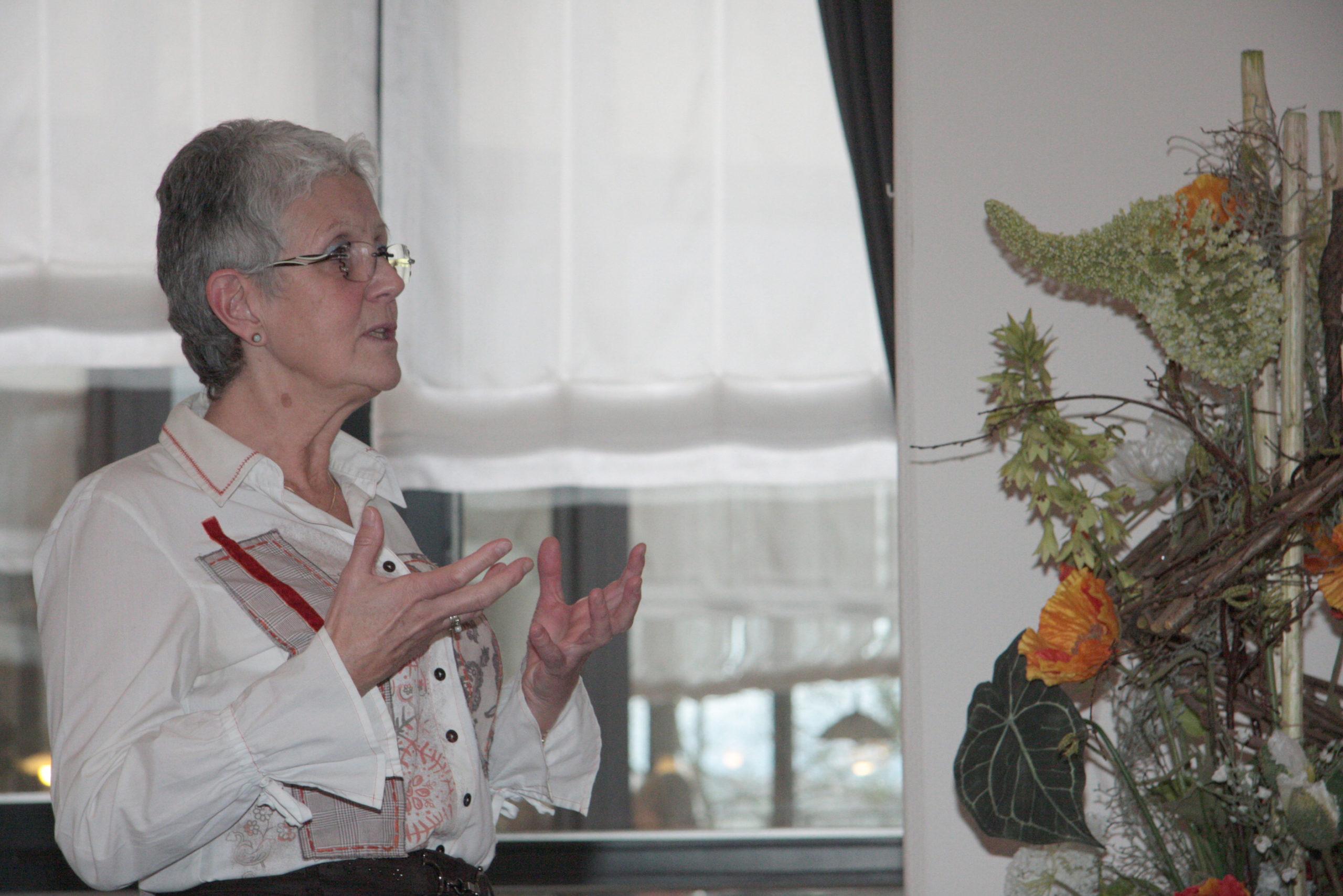 Thema Kommunikation in der Residenz Humboldthöhe Die Macht und Energie des Wortes
